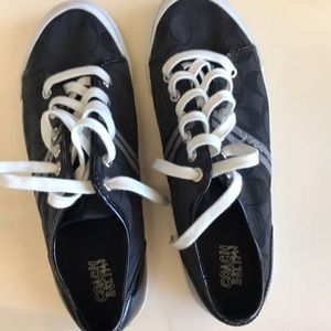 Coach sneakers sz 8.5 great condition